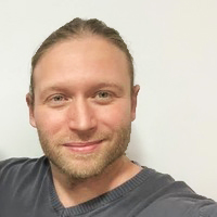 Marcin to dietetyk w CosmoBelle Medical Center Katowice.